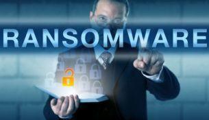 Každý desiaty útok crypto-ransomvéru je namierený proti firmám